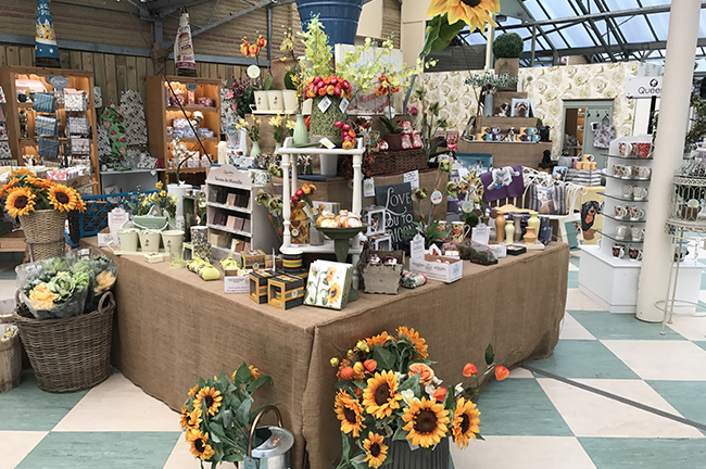 Buy gifts in South England at Conkers Garden Centre gift shop